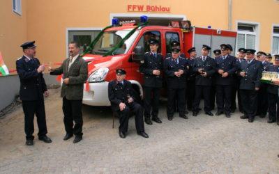 Übergabe neues Feuerwehrauto 5.Mai 2007